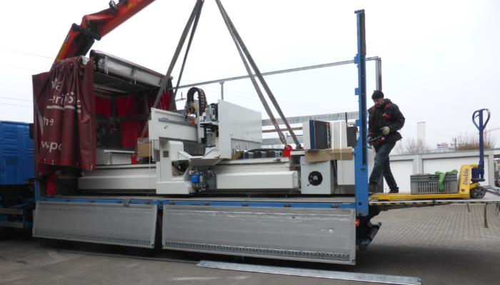 Neue CNC-Maschine